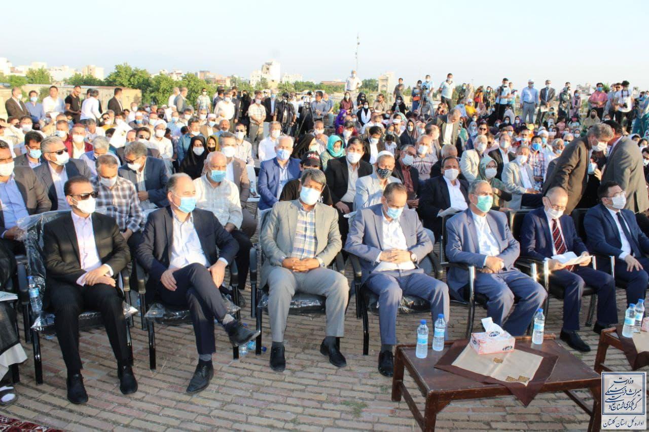 برگزاری همایش ادبی مختومقلی فراغی در محوطه میراث جهانی گنبد قابوس