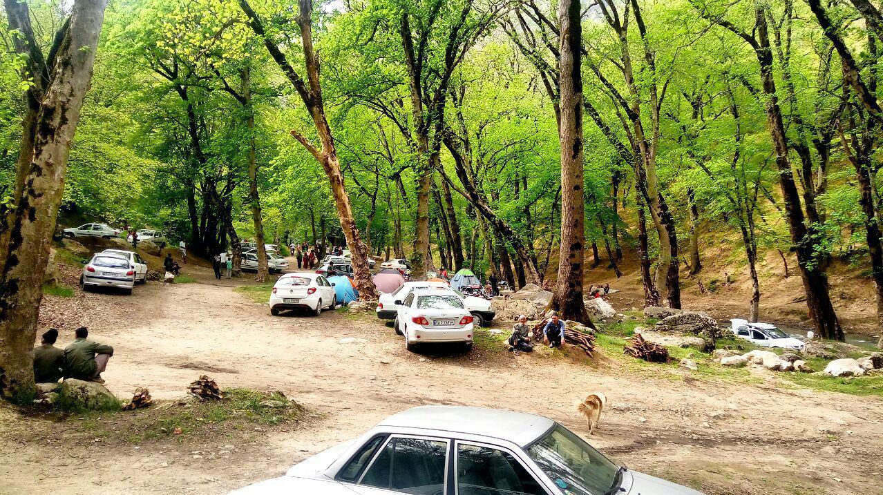 استقبال گردشگران از تفرجگاه های گردشگری شهرستان کلاله در روز طبیعت
