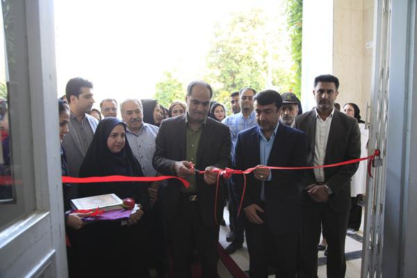 افتتاح نمایشگاه گروهی عکس فراموش شدگان در استان گلستان به مناسبت هفته صنایع دستی