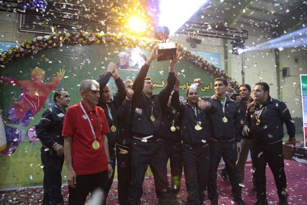 تصاویری از حال و هوای اختتامیه اولین دوره مسابقات فوتسال کشوری وزارت میراث فرهنگی در گلستان